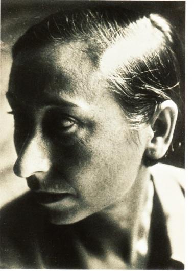 Lucía Sánchez Saornil ( Espanha, 1895-1970).jpg